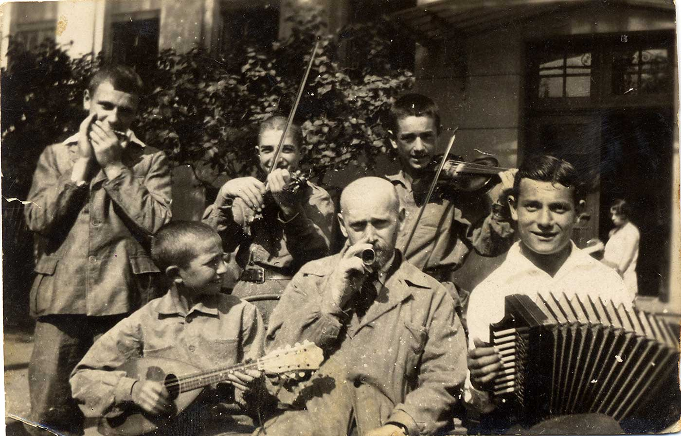 A brief introduction to the life of Dr. Janusz Korczak